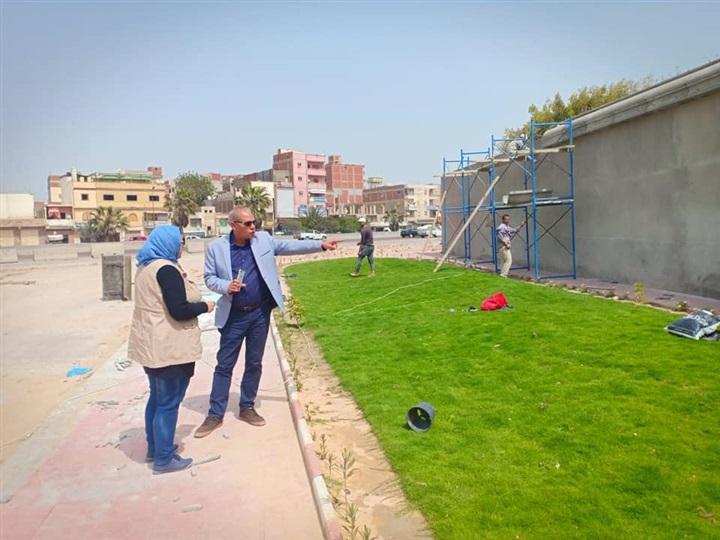رئيس حى العامرية ثان يتابع تطوير الميادين استعدادً لشم النسيم 2019